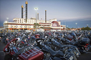 Laughlin River Run Motorcykeluthyrning